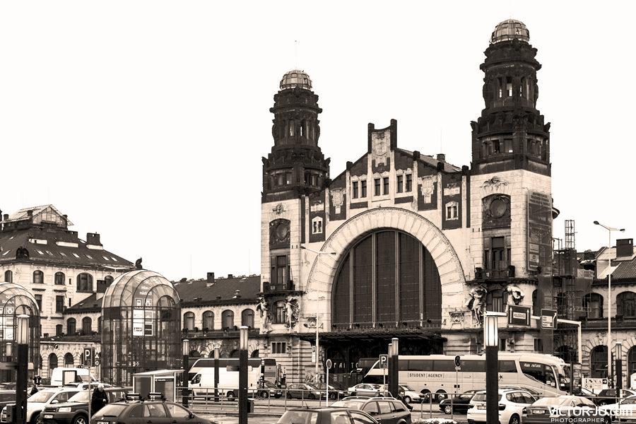 Историческое здание главного железнодорожного вокзала Праги