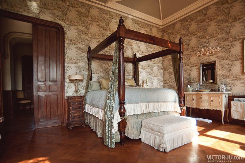 Спальня замка Château de Challain