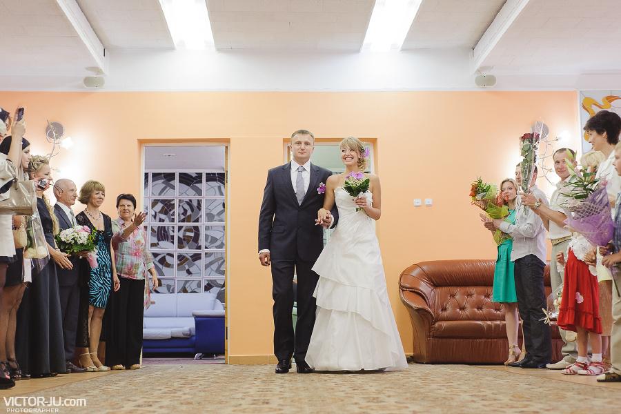 Свадебная фотография в ЗАГСе Бреста