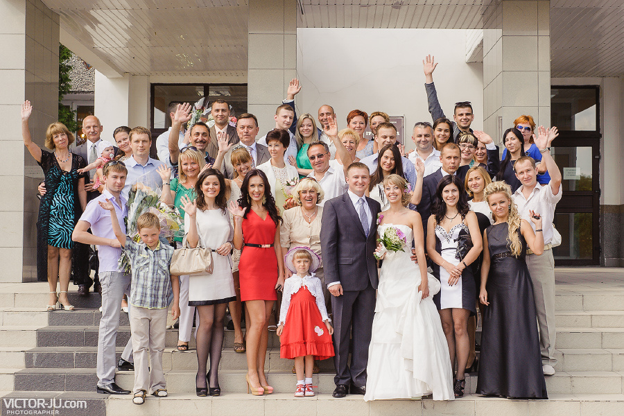 Фотография с гостями на свадьбе в Бресте