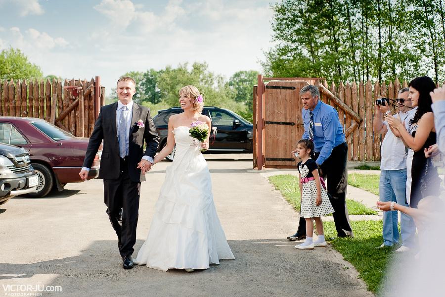 Жених и невеста тили-тесто