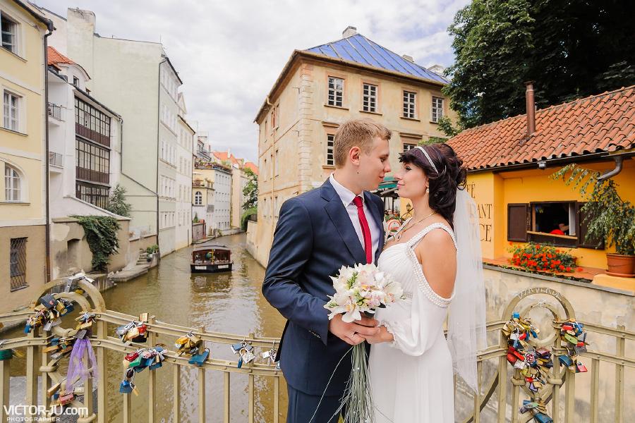 Свадебная фотопрогулка в Праге