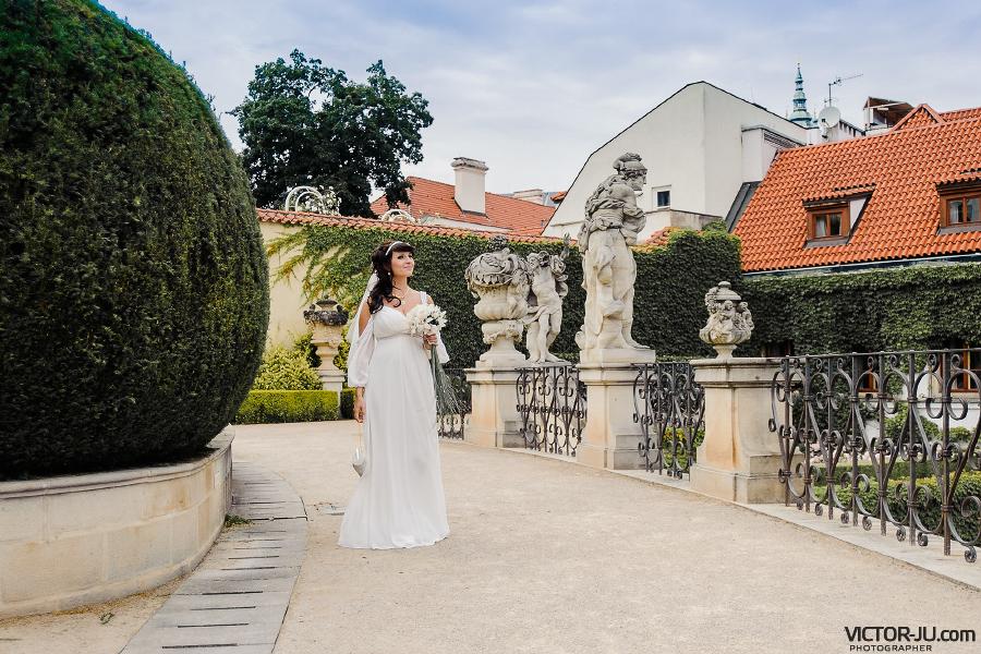 Свадебная фотосессия в садах Праги