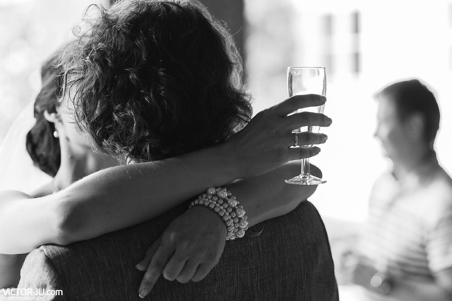Свадебный поцелуй в Праге