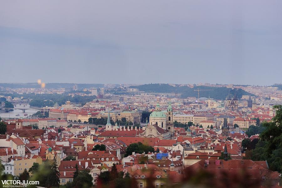 Вид на Прагу со стороны Пражского града