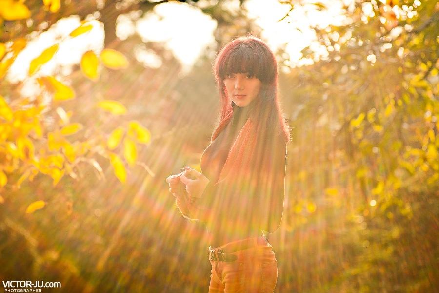 Портрет девушки осень Прага