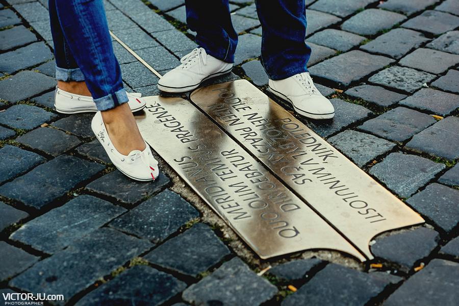 Полуденный меридиан на Староместской площади в Праге