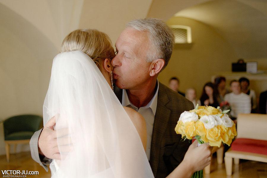 Поздравление отца с днем свадьбы