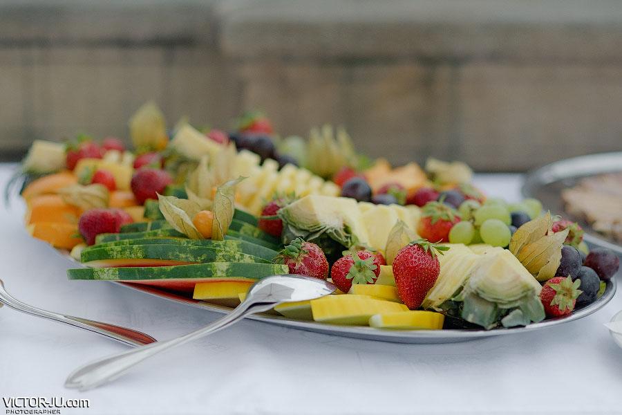 Дары осени - фрукты и ягоды