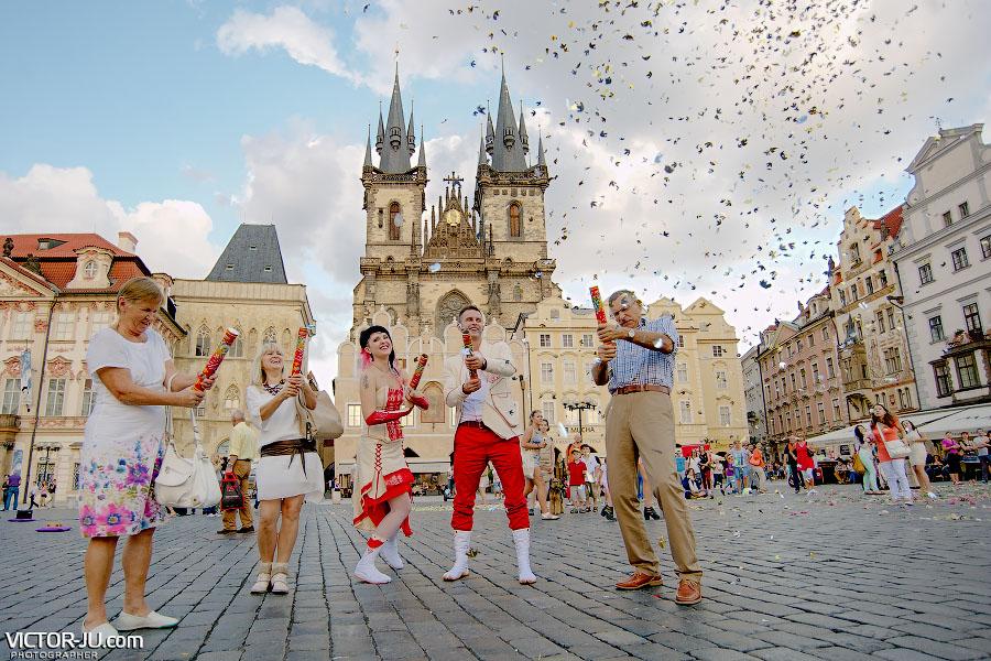 Хлопушки на свадьбу в Праге
