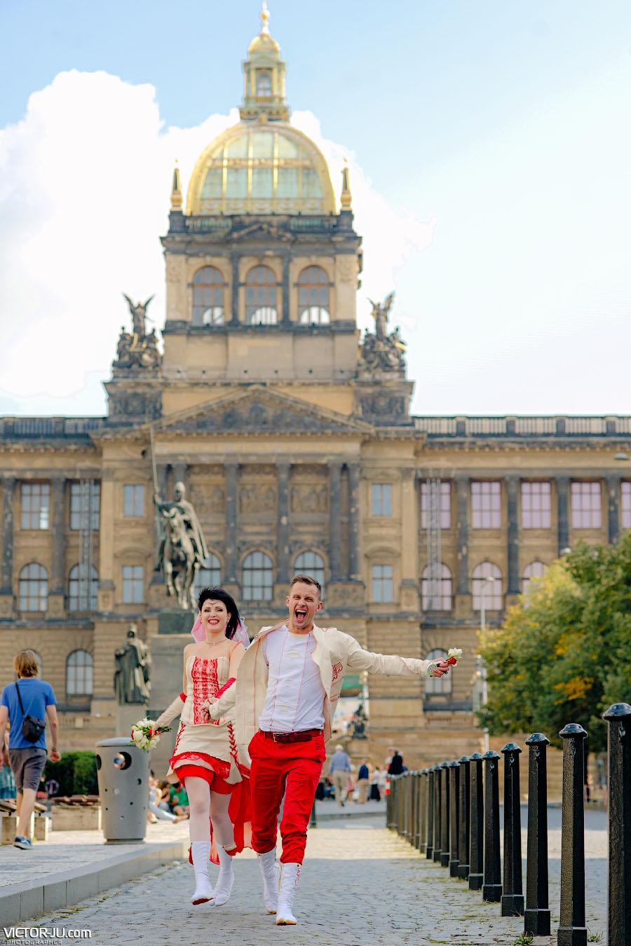 Вацлавская площадь в Праге фото