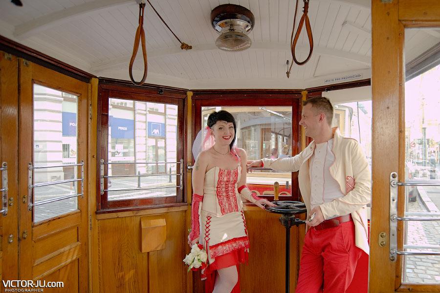 Исторический трамвай №91 в Праге фото