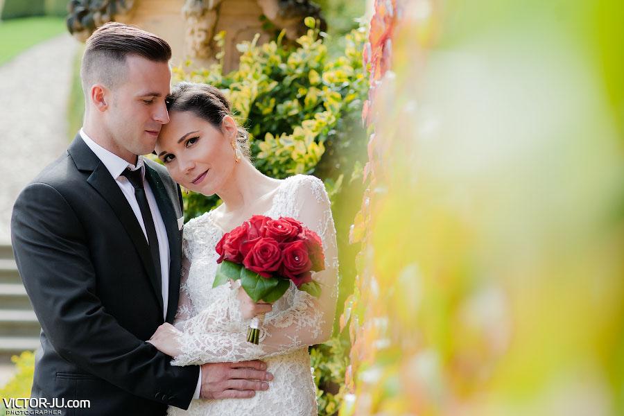 Свадебная фото-прогулка в осеннем саду