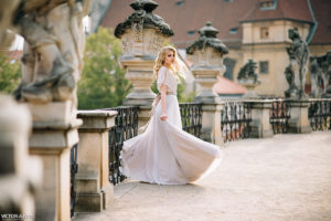 Фотосъемка в Праге в свадебных нарядах