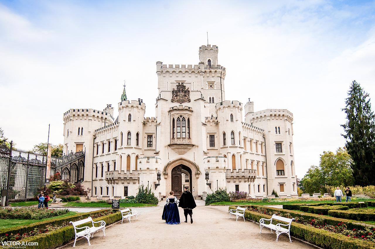 Жанна Пожени в Чехии — свадьба в замке Глубока над Влтавой