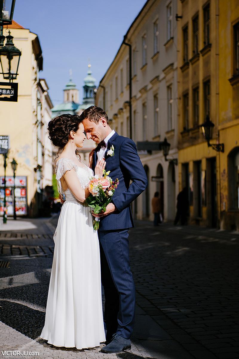 Свадебная прогулка по Праге