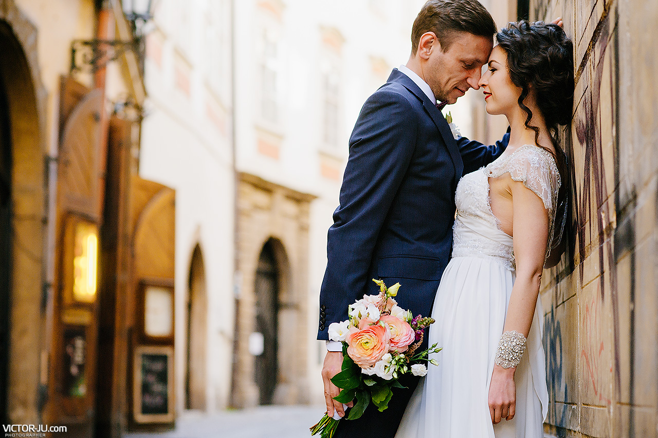 Wedding in Prague Old Town Hall