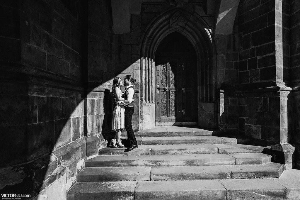 lovestory and prewedding photoshoot in Prague