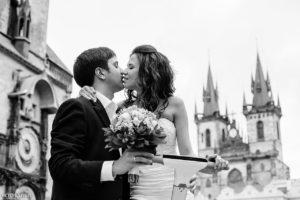 Поцелуй на староместской площади