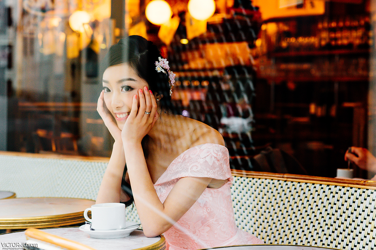 Wedding Photography in Paris Cafe