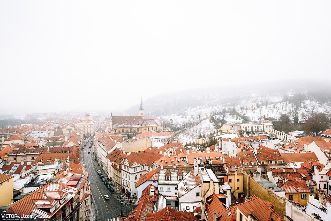 Красные крыши Праги