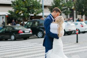 Поцелуй на Вацлавской площади
