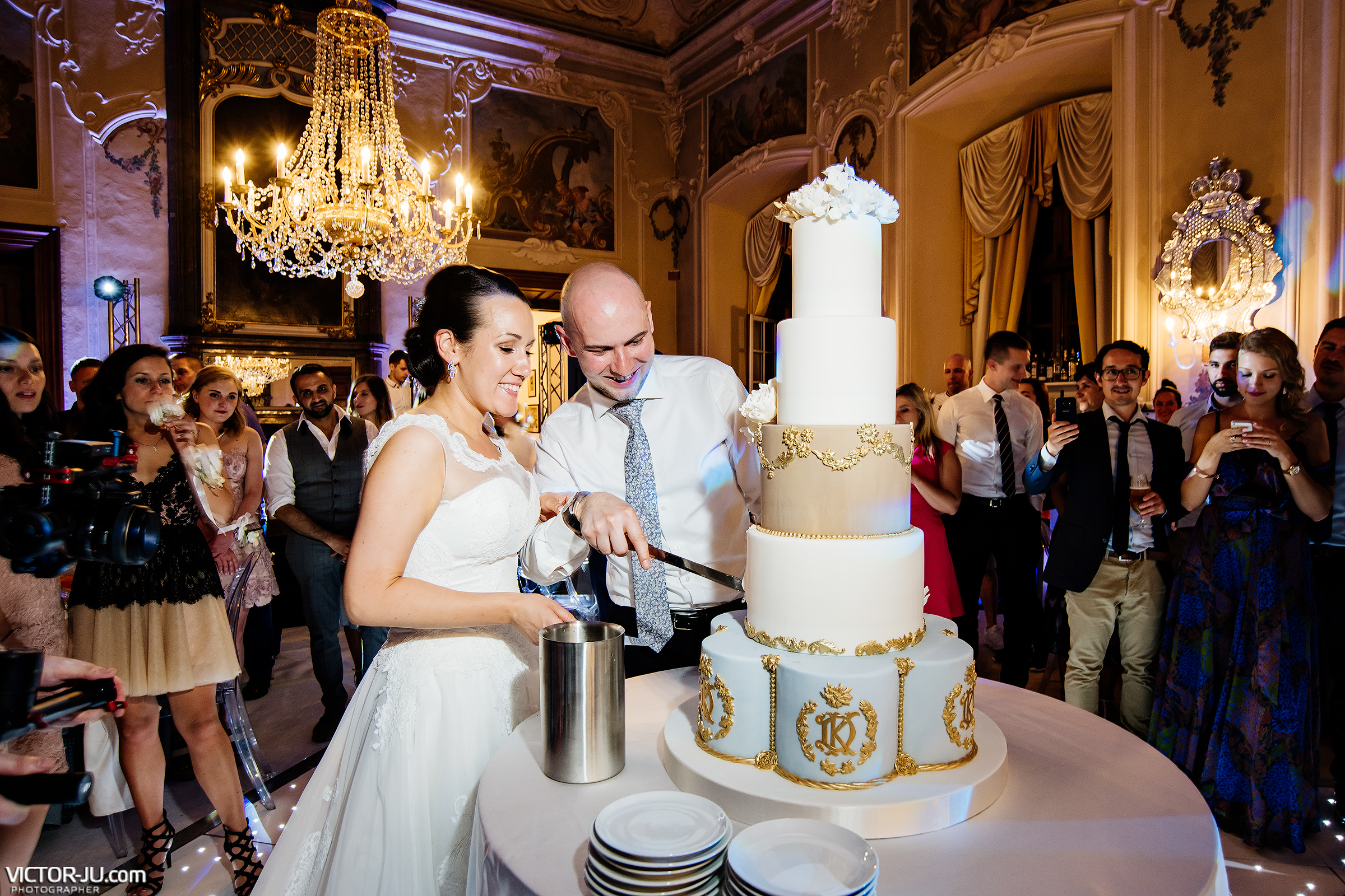 Wedding cake in Prague
