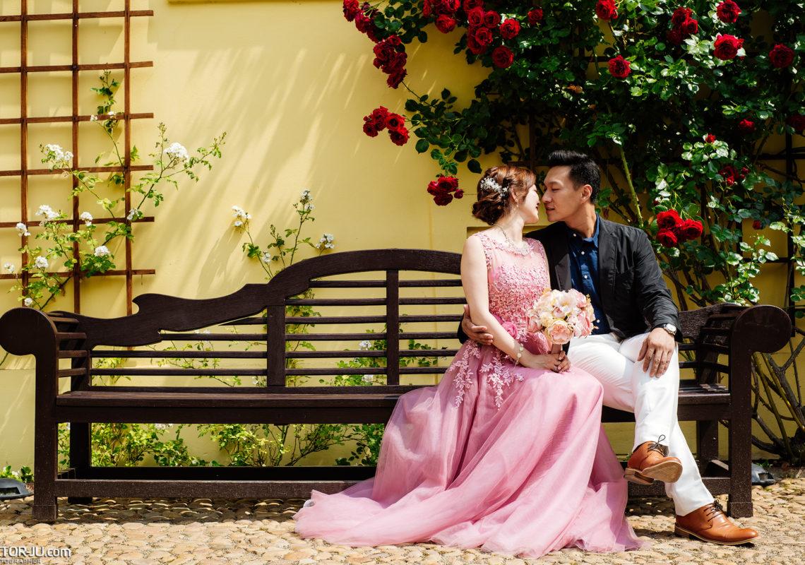 Wedding photo shoot in the Vrtba garden