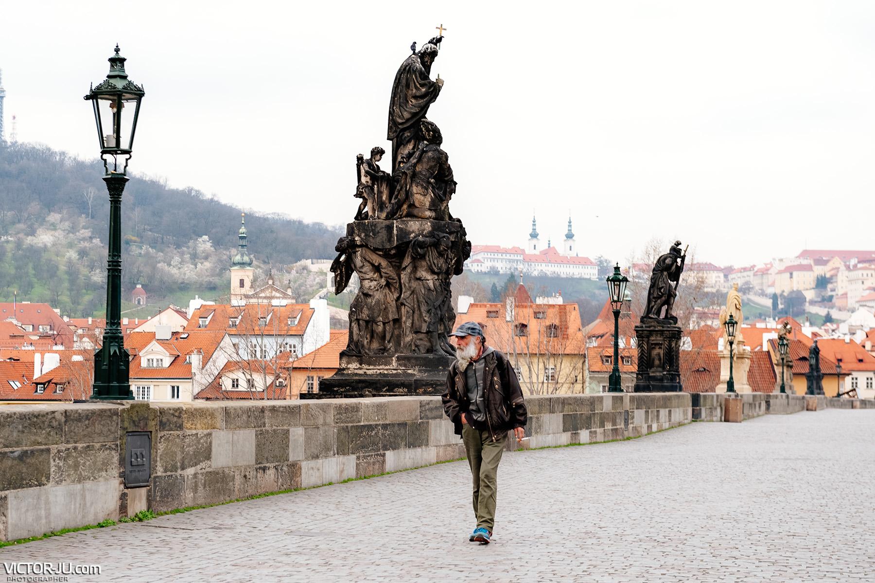Коронавирус Прага Карлов мост